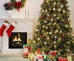 Living Room Christmas Decoration 6 Quick Tips On Rearranging Your Living Room For The Christmas
