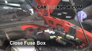 replace a fuse 2006 2009 mitsubishi raider 2006 mitsubishi 6 replace cover secure the cover and test component