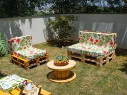 Pallet Furniture Pictures 27 Best Outdoor Pallet Furniture Ideas And Designs For 2017