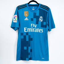 Discover a real madrid shirt, jersey, training apparel and much more. 2017 18 Real Madrid Away Player Issue Shirt Adizero 10 Modric Bnwt M Kitroom Football