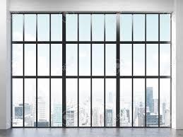 Vorderansicht Der Innenraum Mit Betonboden Und Große Gerahmte