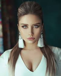 400,000+ Best Beautiful Woman Photos · 100% Free Download · Pexels Stock  Photos