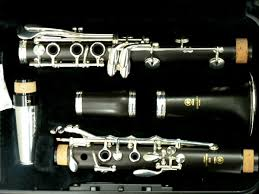 yamaha clarinet. yamaha wooden clarinet ycl-450 iii, with free 12 month maintenance and set-up.