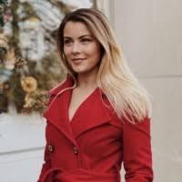 Kristin Wojcik - Investment Banking Analyst - Houlihan Lokey | LinkedIn