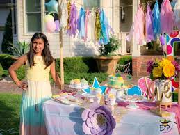 outdoor birthday party decoration