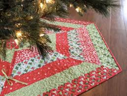 Welcome to the Christmas in July, Home Décor Edition | Christmas ... & Quilted Christmas Tree Skirt Adamdwight.com
