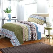 kelly green quilt beds green bedding olive green bedding emerald green comforter emerald green bedding king