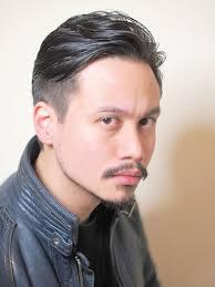 男マッシュツーブロックオールバックスタイリングの髪型 Stylistd