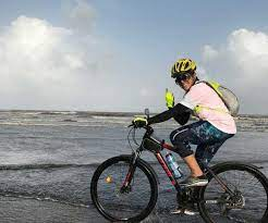Abhishek Tarfe Blogs Mother\'s Day Interview With Mommy Cyclist Deena Prince  - Velocrushindia | BlogAdda