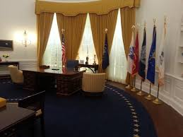 nixon office. Richard Nixon Presidential Library And Museum: Replica Of Nixon\u0027s Office At The White House