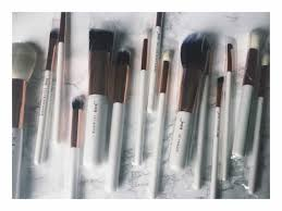 sigma brushes rose gold. i went to youtube before buying check see if there were any reviews and found a few youtubers comparing the set sigma\u0027s brushes, sigma brushes rose gold
