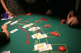How to Deal Blackjack: Blackjack Rules for Dealers | Udemy Blog