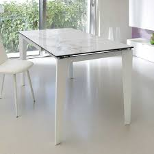 Weißer Esstisch Mit Glasplatte In Marmor Optik Metallgestell