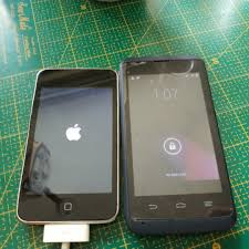 ZTE Kis 3 and iPod Touch 2G 8GB, Mobile ...