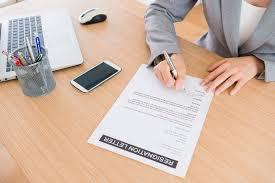 Untuk mempermudah dalam pembuatan surat pengunduran diri karyawan, berikut ini kami lampirkan template surat pengunduran diri dalam format microsoft word yang dapat diedit sesuai dengan kebutuhan sehingga tidak perlu membuat dari awal. Contoh Surat Resign Atau Pengunduran Diri