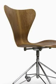 jacobsen furniture. teak 3117 office chair by arne jacobsen for fritz hansen furniture