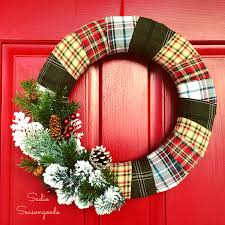Cozy Door Dcor: Wrapped Flannel Holiday Wreath