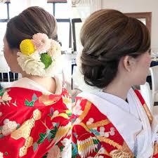 和装ヘアスタイル お花で片側埋めて華やかに Igwedding Bridal