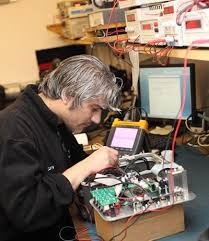 Calibration Technicians Calibration Services Accredited Iso 17025 And Iso 9001