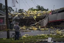 severe storm batters garden city news savannah morning news savannah ga