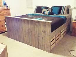 make pallet furniture. Pallet Bed Make Furniture