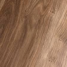 inhaus elements stock oak 7 mm laminate
