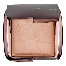 <b>Ambient</b>® <b>Lighting</b> Powder - <b>Hourglass</b> | Sephora
