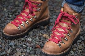 trailblazers 10 best vintage hiking boots
