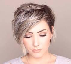 Módne účesy 2019 Pre ženy S Krátkymi Vlasmi Fotky Trendy Nápady