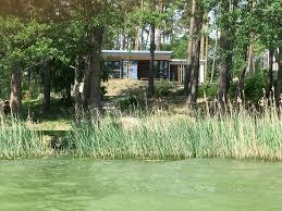 Luxus Ferienhaus Direkt Am See Naturnaher Komfort In Modernem Stil