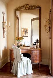 Perfect ladies dressing table