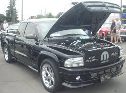 File:Tuned '03 Dodge Dakota R-T (Rassemblement Mopar Valleyfield ...