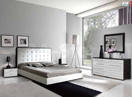 Off white bedroom furniture Distressed Distressed Bed ...