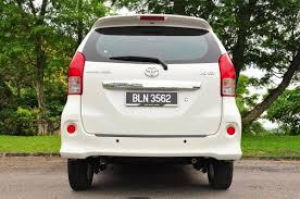 REVIEW: Toyota Avanza (2012)