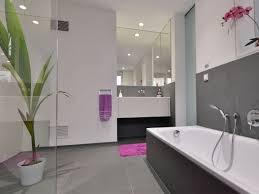 Im Badezimmer Fliesen Als Hingucker Stonenaturelle