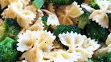broccoli and lemon pepper chicken alfredo with bow tie pasta