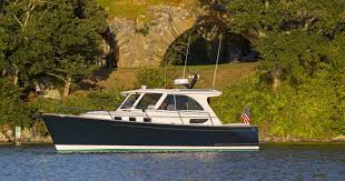 The sailing yacht can accommodate 8 guests in 4 cabins. Legacy Yachts Names Seattle Yachts Exclusive Dealer Seattle Yachts