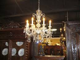 this beautiful irish 19th century 8 light crystal chandelier is in excellent condition c1880 probable waterford crystal it features an elegant design