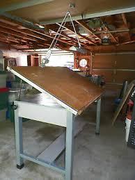vine lighted drafting table 650