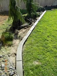 Home landscape curbing diy is where they love you diy landscaping curb  concrete flower bed edging .