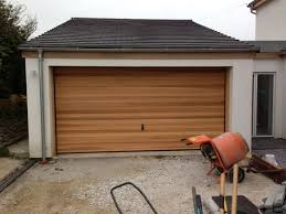 hormann garage doorHormann Timber up and over Garage Door with a Horizontal line