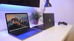 Phân vân giữa nên mua MacBook hay laptop Windows?