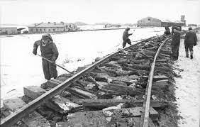 """File:Bundesarchiv Bild 101I-279-0901-36, Russland, Einsatz des  """"Schienenwolf"""".jpg - Wikipedia"""