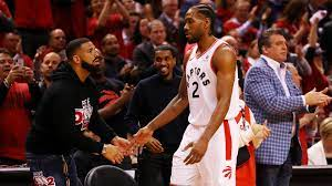 Kawhi Leonard dances with Drake, Future ...