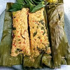 Wajar saja aromanya nikmat, resep pepes teri daun singkong ini dibakar lagi sebelum disajikan. 15 Resep Pepes Ala Rumahan Cakrawala Rafflesia