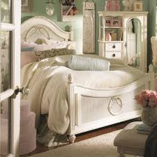 Kittles Bedroom Furniture Lea Industries Emmas Treasures Full Size Low Post Bed With