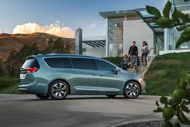 2018 chrysler town and country vs pacifica. unique chrysler 9  17 and 2018 chrysler town and country vs pacifica c