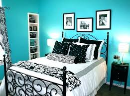 Blue And White Bedroom Walls Interior Design Wall Paint Decorating ...