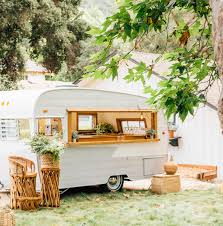 the cutest mobile bars for your wedding