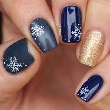 14 sensational snowflake nail designs